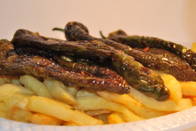 Patatas fritas con pimiento